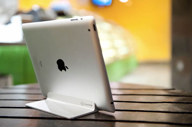 'Magnus' iPad Stand by Ten One Design