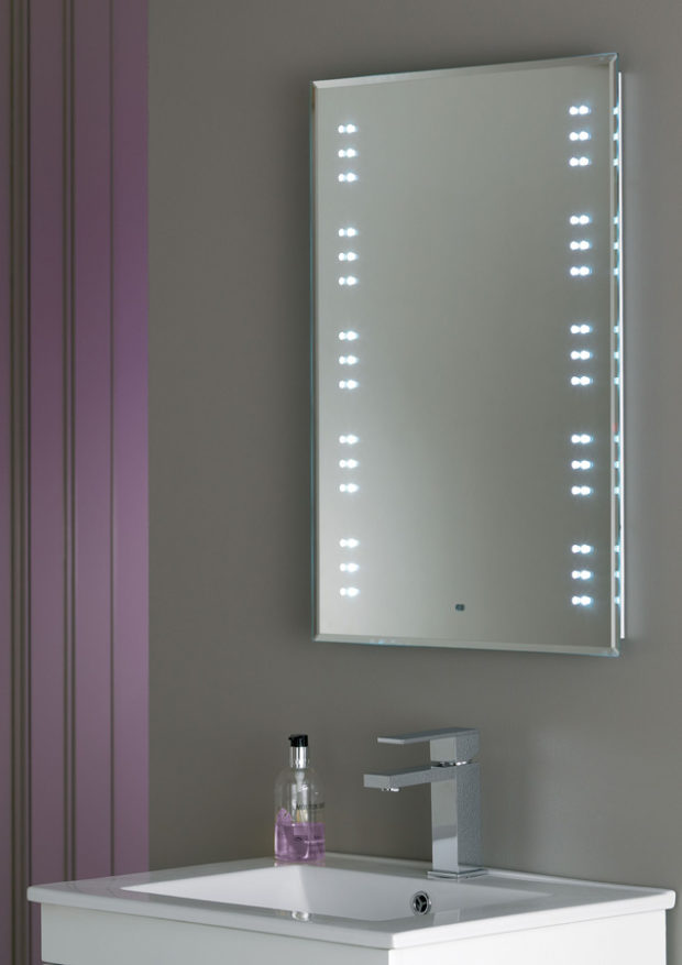 Best Bathroom Lighting To Apply Make Up 4 Do 39 S And 4 Don 39 Ts